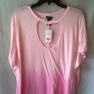Ladies low cut shirt by Rue21 size 3X or M